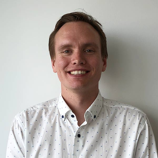 Robert Pirow is a User Experience Designer at Netwealth